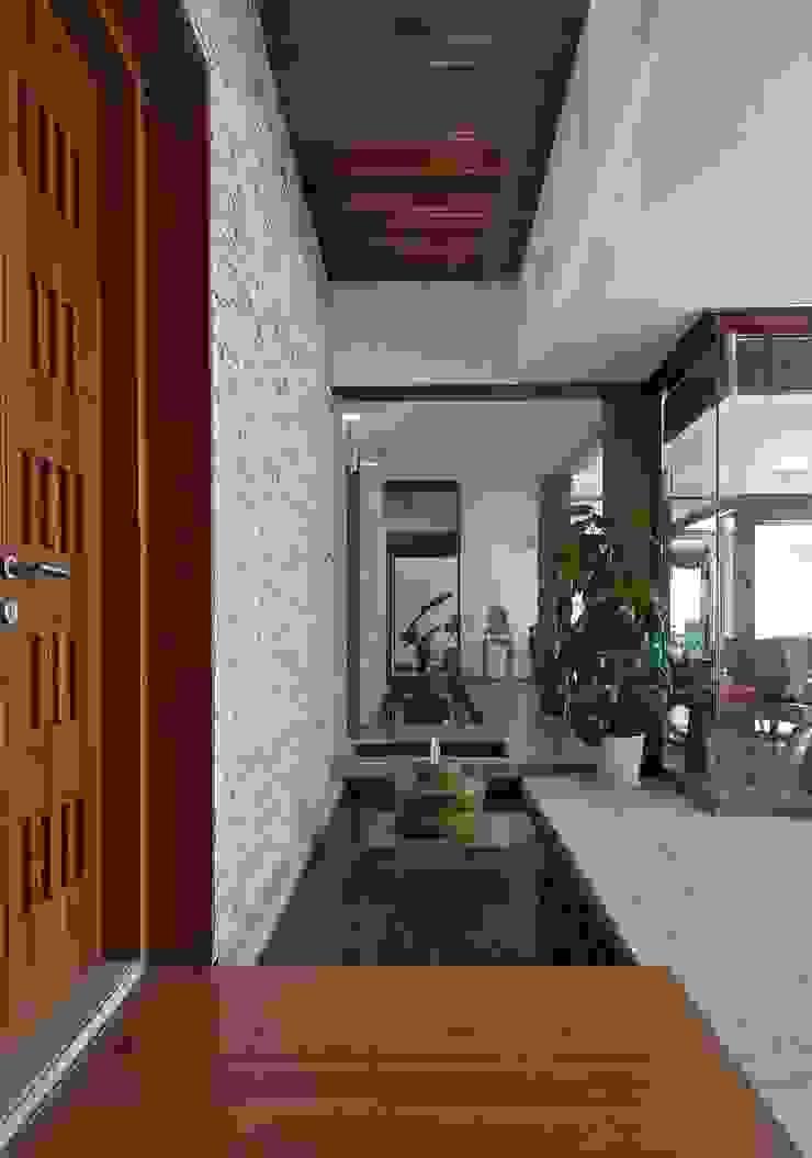 AA Villa Modern houses by Atelier Design N Domain Modern