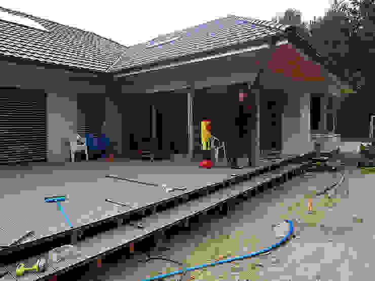 Taras kompozytowy z <q>Pro Deck</q> na podkonstrukcji drewnianej z bangkirai. Realizacja w Słubicach. od PHU Bortnowski