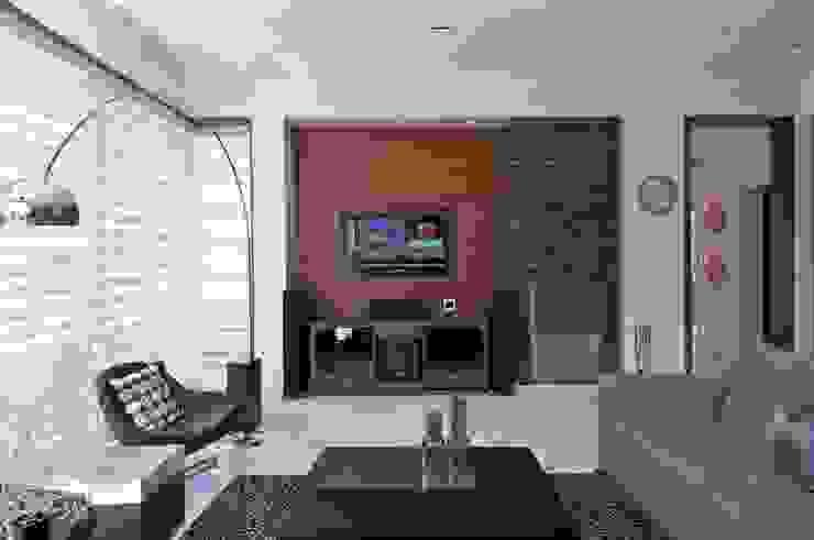 NP Villa Modern living room by Atelier Design N Domain Modern