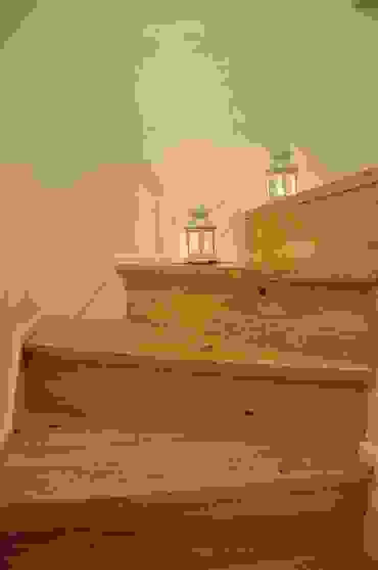 São Bento Corredores, halls e escadas modernos por G.R design Moderno