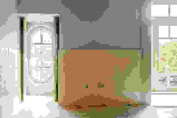 Vista interior - pormenor cozinha Cozinhas modernas por Clínica de Arquitectura Moderno Cerâmica