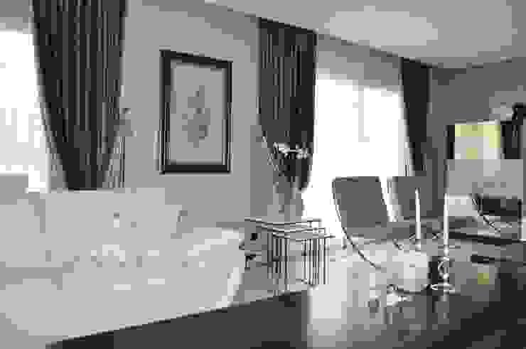 Bornova, SalonPerde Tasarımı ve Uygulaması Levent Home Collection Eklektik Tekstil Altın Sarısı
