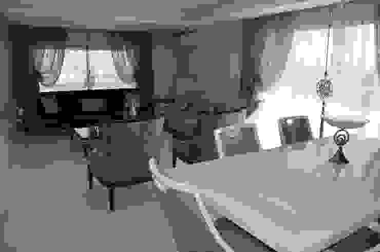 Girne, Karşıyaka, Salon Perde Tasarımı ve Uygulaması Levent Home Collection Klasik Tekstil Altın Sarısı