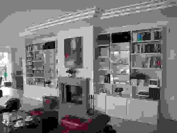 Volkmann GmbH Living roomShelves