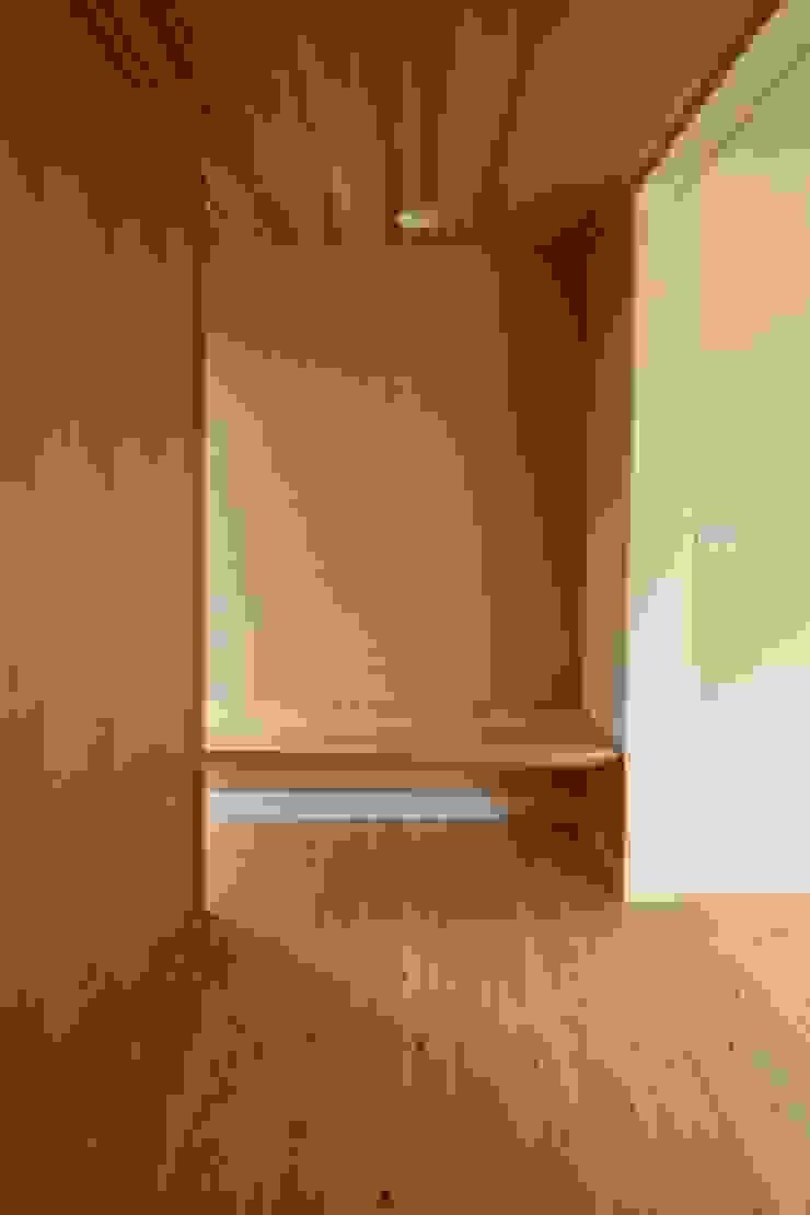 玄関飾り棚 和風の 玄関&廊下&階段 の 遠藤知世吉・建築設計工房 和風