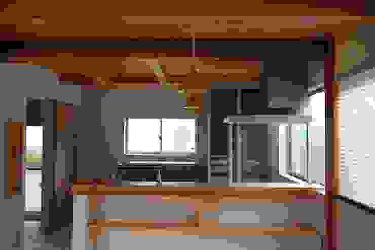 無垢材カウンター 和風の キッチン の 遠藤知世吉・建築設計工房 和風