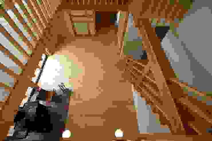 吹き抜け 和風デザインの リビング の 遠藤知世吉・建築設計工房 和風