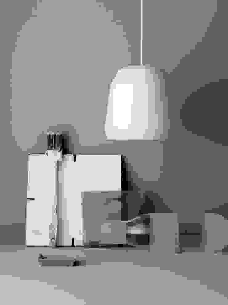 LIGHTYEARS Mingus P2 Weiß von Designort Skandinavisch Aluminium/Zink