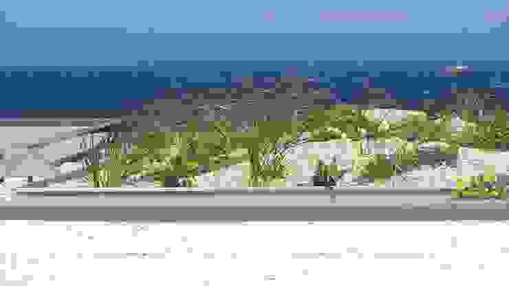 Casa das Algas Jardins mediterrânicos por Neoturf Mediterrânico