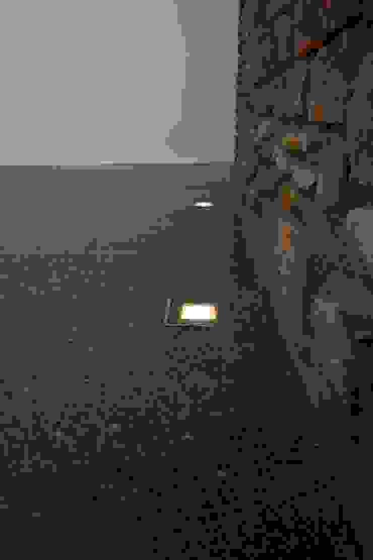 Luc Spits Architecture Corridor, hallway & stairs Lighting