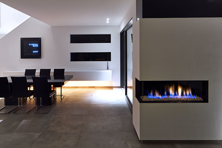 VILLA BELICE Moderne Esszimmer von LEE+MIR Modern