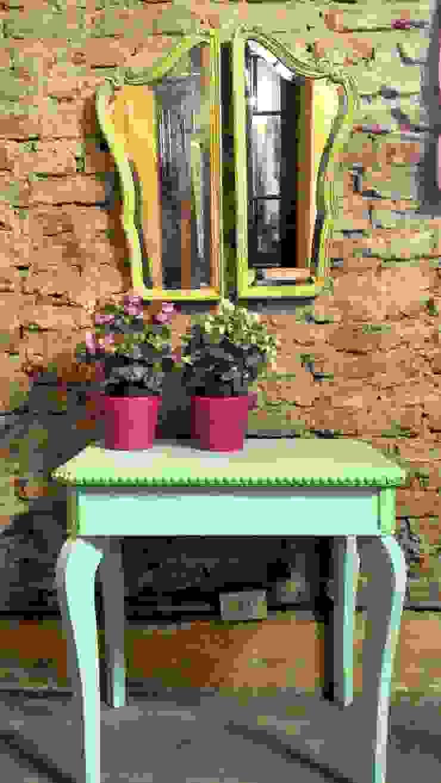 UN TOQUE DE COLOR de Muebles eran los de antes - Buenos Aires Rústico Madera maciza Multicolor
