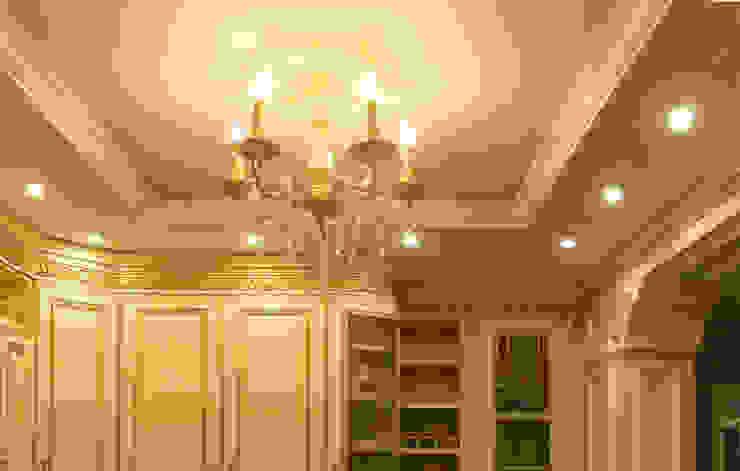 Квартира 95 кв.м. в ЖК Московский. Кухня в классическом стиле от Архитектурно-дизайнерская компания Сергея Саргина Классический