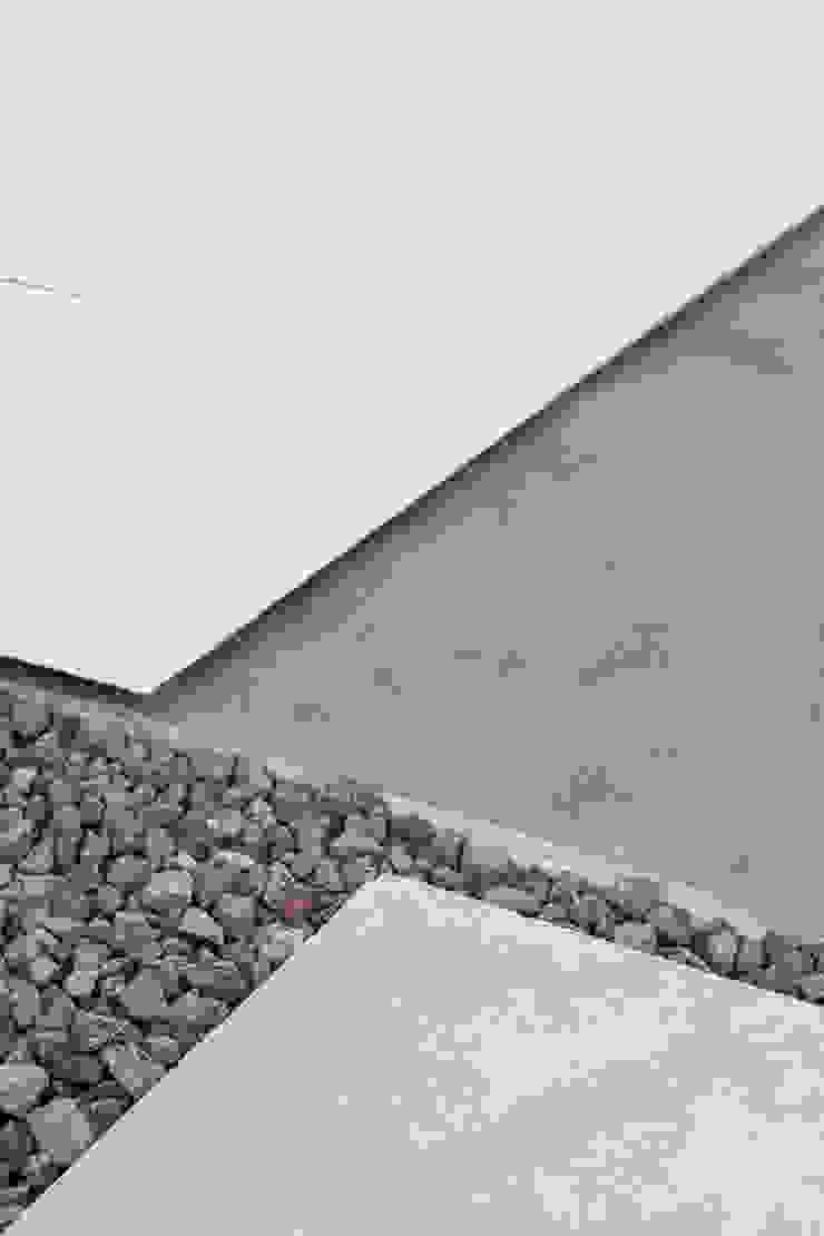 AD+ arquitectura Rock Garden Stone Grey