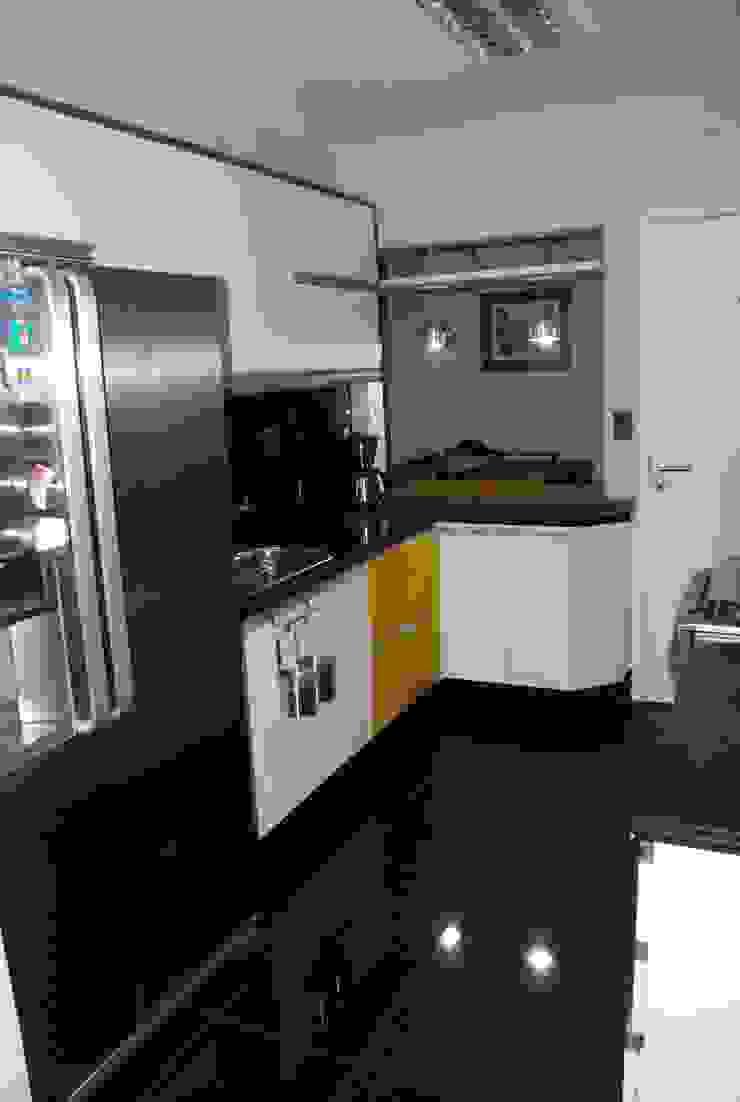 Residência em Recife - PE Cozinhas modernas por ANALU ANDRADE - ARQUITETURA E DESIGN Moderno