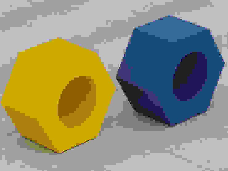 Nut stools: modern  by Preetham  Interior Designer,Modern