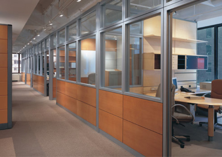 W3070 / Fachadas Interiores Paredes y pisos de estilo moderno de Riviera Moderno Aluminio/Cinc