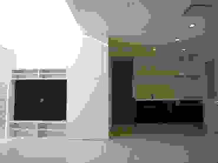 光と空間の家 モダンな キッチン の 株式会社北海道ハウス モダン