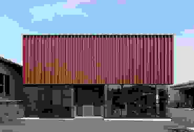 さぬき製粉増築 の 牧戸建築環境設計事務所 モダン