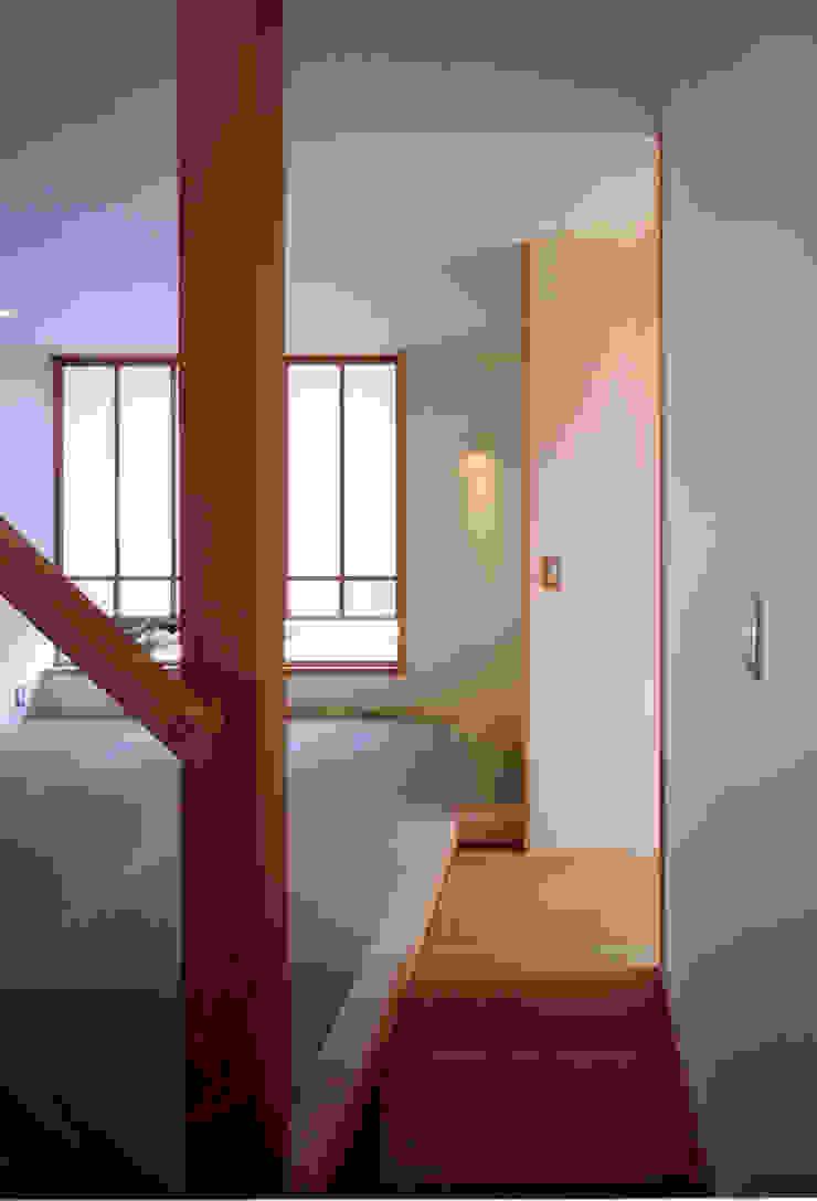 大野中の家1 和風デザインの リビング の 辻健二郎建築設計事務所 和風