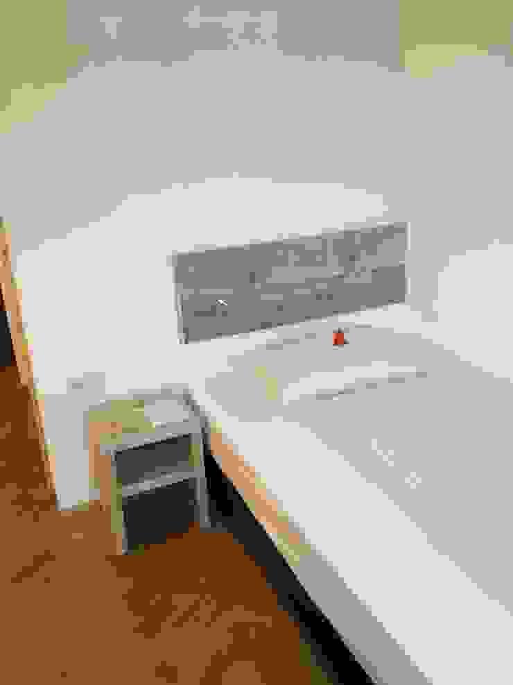 Tischlerei Charakterstück BedroomBeds & headboards Kayu
