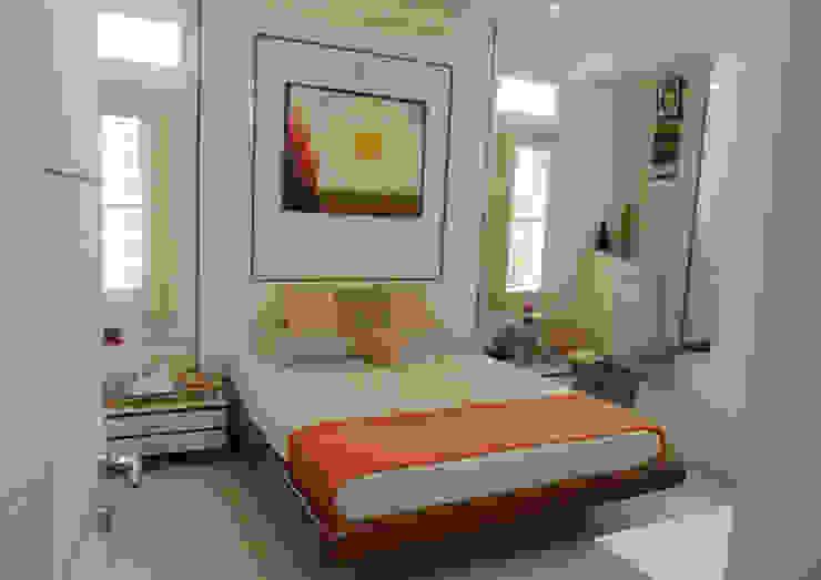 GIRL's ROOM 2 Minimalist bedroom by VERVE GROUP Minimalist