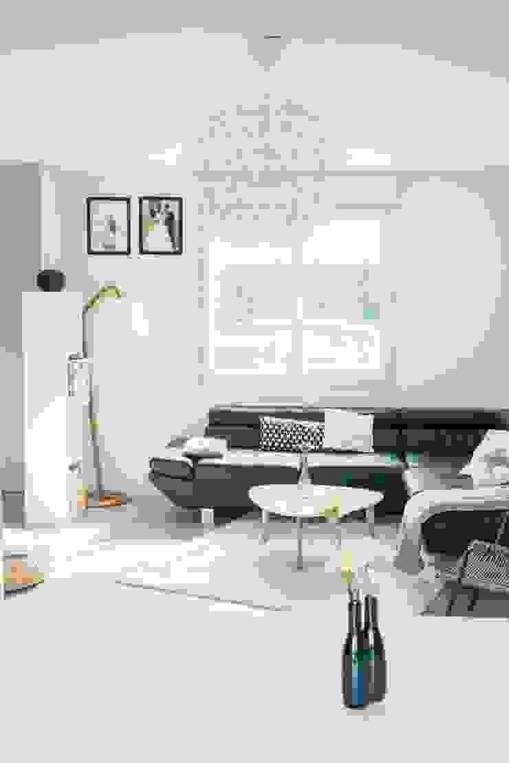 scandinavian  by E/P ESPACE DESIGN - Emilie Peyrille, Scandinavian