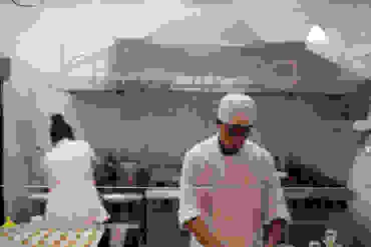 RISTORANTE LA MÍA FONTANA Gastronomía de estilo minimalista de Taller La Semilla Minimalista