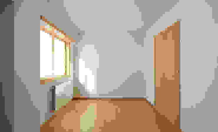 Apartamento Ikea Quartos minimalistas por José Tiago Rosa Minimalista