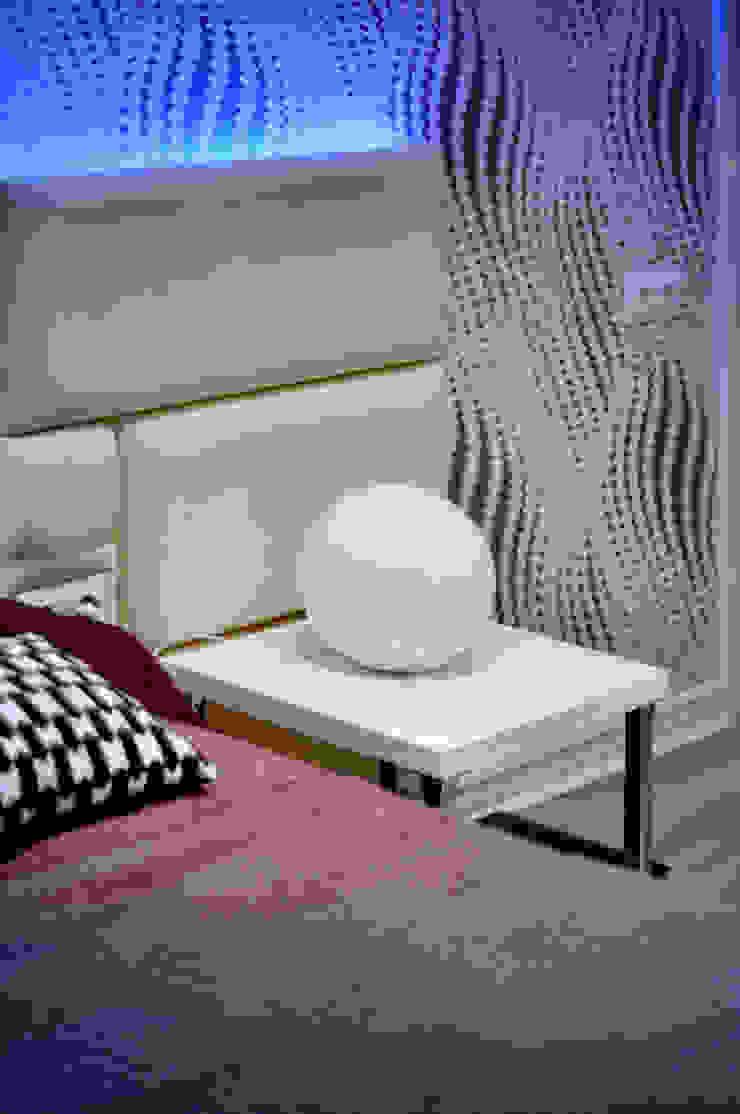 Minimalistische slaapkamers van ALLARTSDESIGN Minimalistisch Leer Grijs