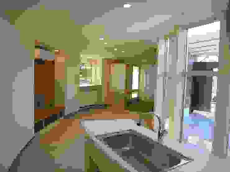 hime-House: さとう建築デザイン室が手掛けたリビングです。,オリジナル