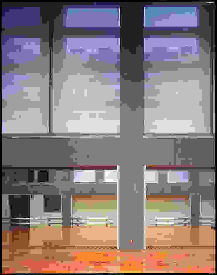 体育館のデェイテール の Guen BERTHEAU-SUZUKI Co.,Ltd. モダン