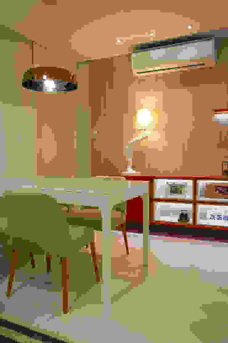 ARQ Ana Lore Burliga Miranda Modern dining room MDF Red