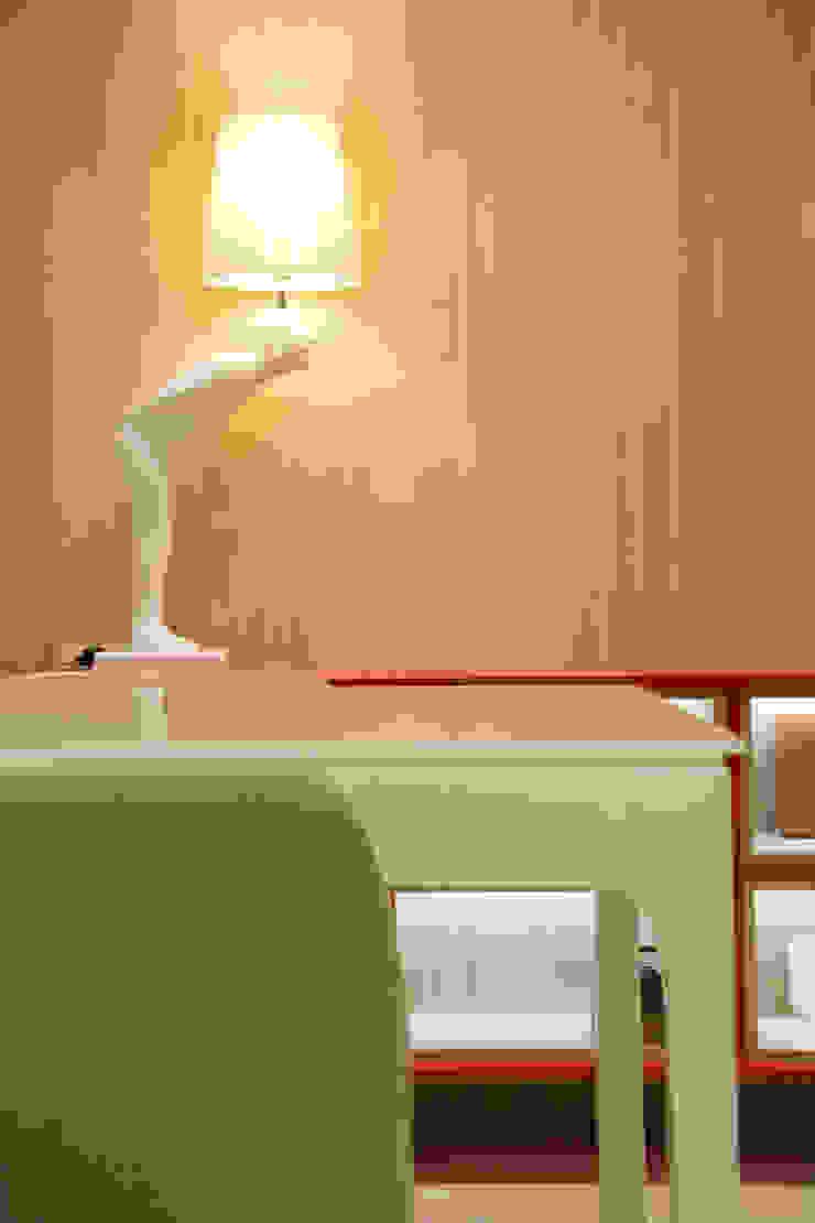 ARQ Ana Lore Burliga Miranda Minimalist walls & floors MDF Wood effect