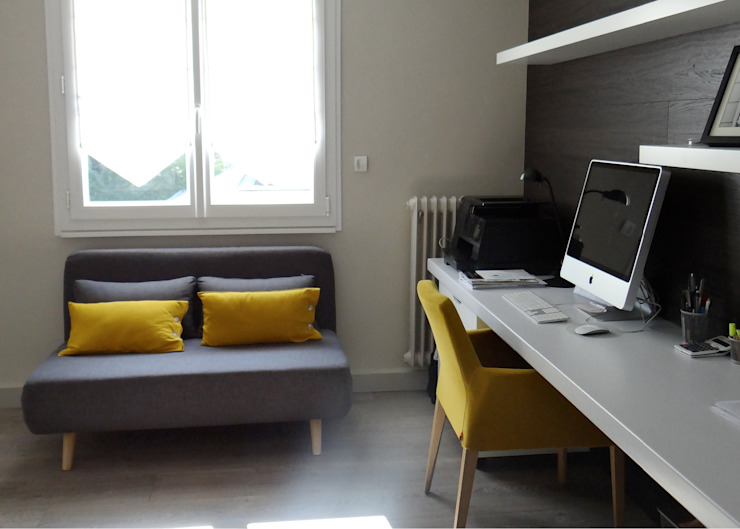 Estudios y despachos de estilo moderno de UN AMOUR DE MAISON Moderno