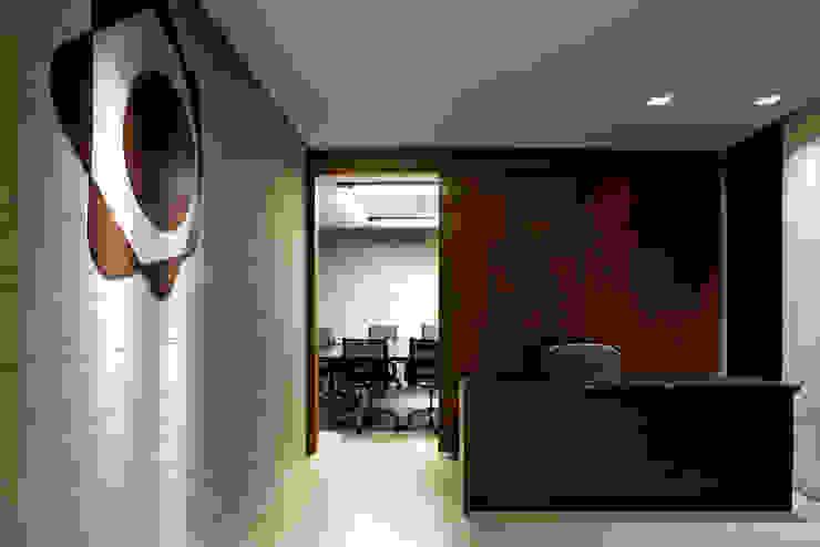 CONIF Brasilia Centros de congressos modernos por SAINZ arquitetura Moderno