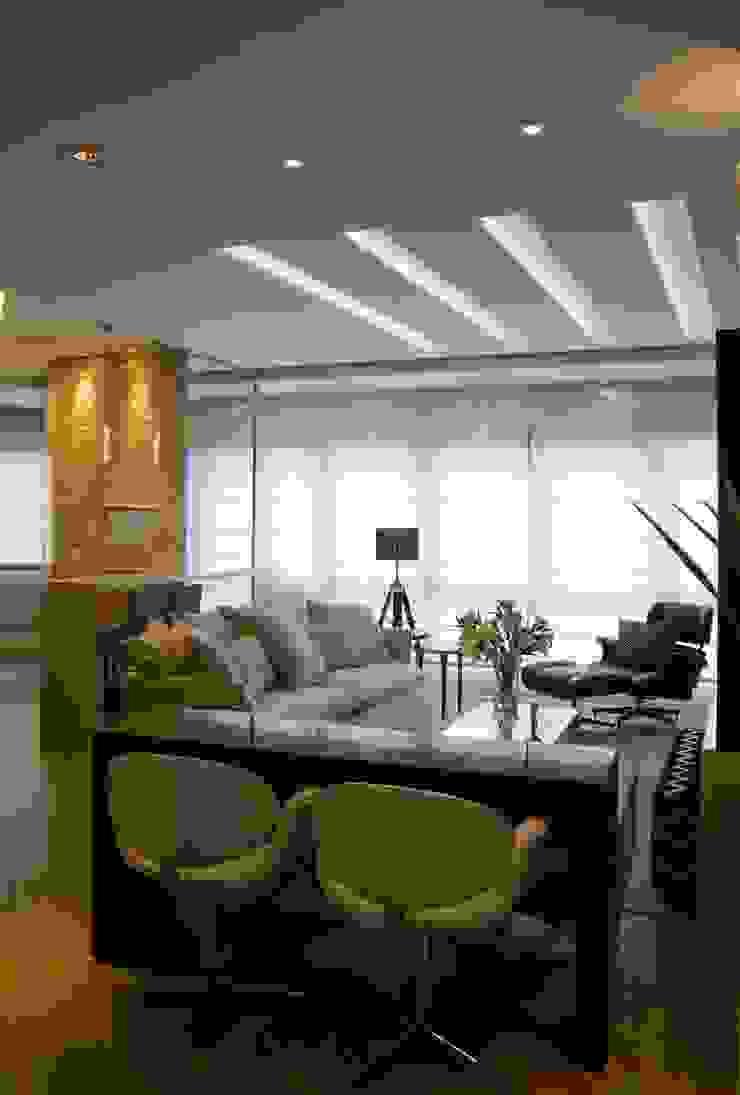 Modern living room by marli lima designer de interiores Modern MDF