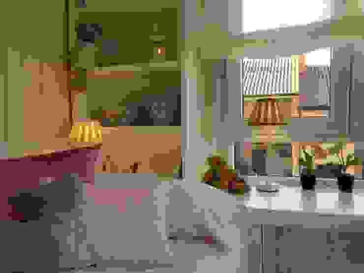 Dormitorios infantiles de estilo clásico de Celia Crego Clásico