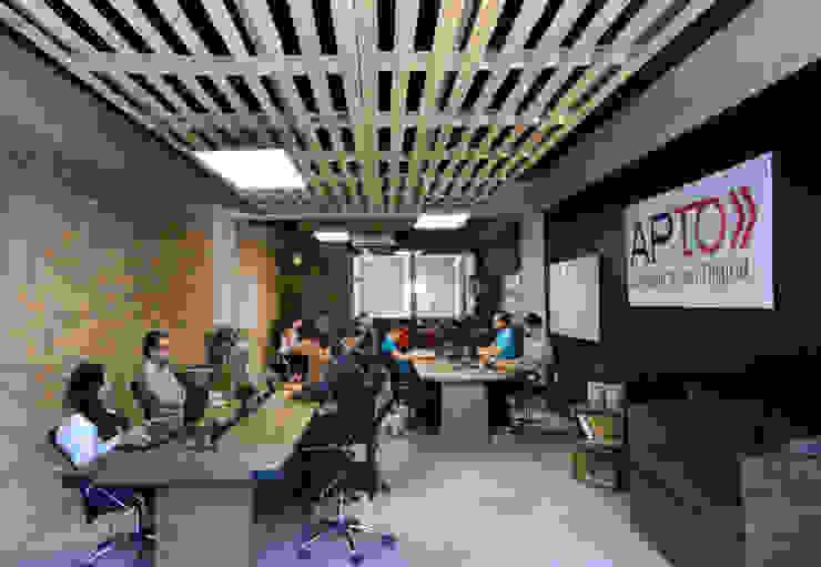 Eclectische kantoorgebouwen van VICTORIA PLASENCIA INTERIORISMO Eclectisch Massief hout Bont