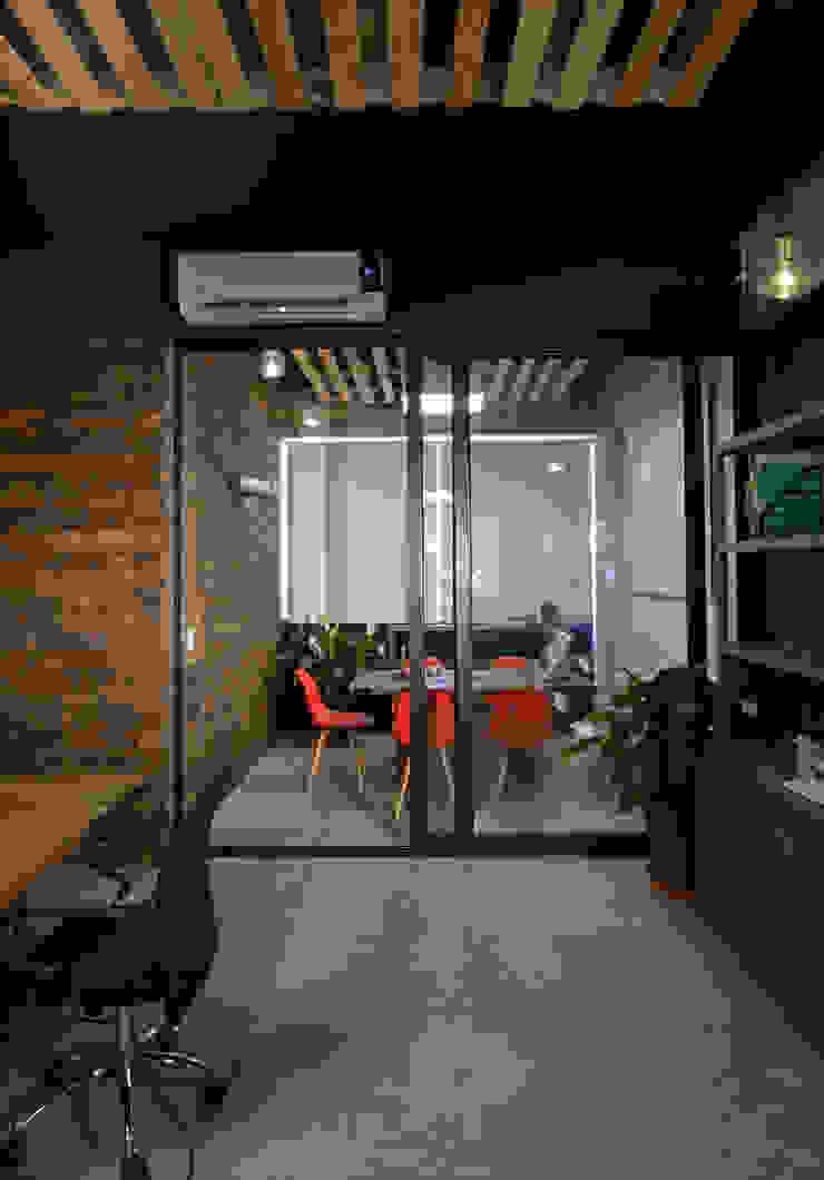 Eclectische kantoorgebouwen van VICTORIA PLASENCIA INTERIORISMO Eclectisch Hout Hout