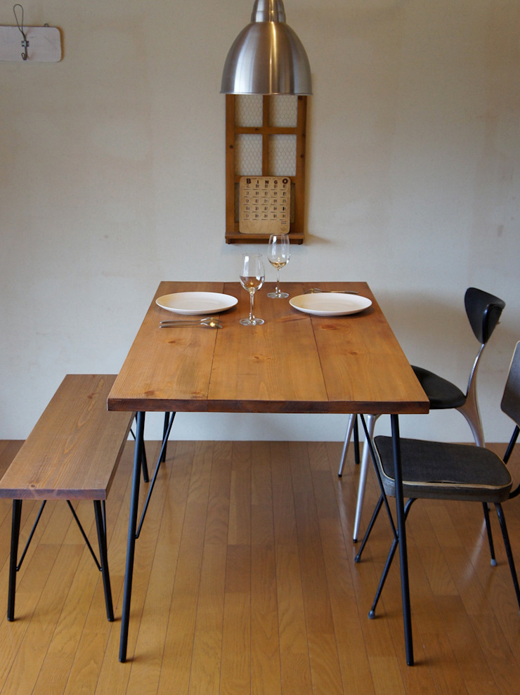 Landmark diningtable 15*80: design studio katachiが手掛けた素朴なです。,ラスティック 木 木目調