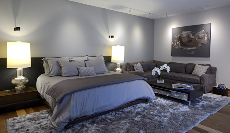 homify BedroomBeds & headboards Grey