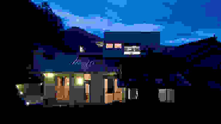 夜景 オリジナルな 家 の 優人舎一級建築士事務所 オリジナル
