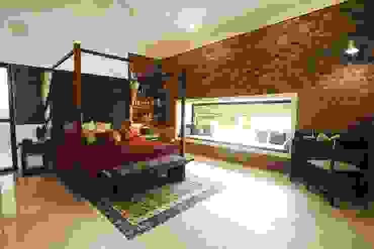 the closed bedroom Modern style bedroom by étendre Modern Bricks