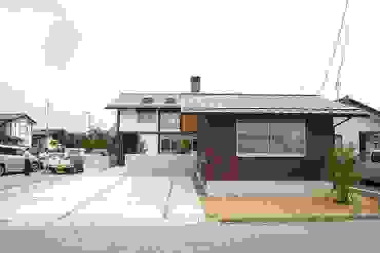 ファサード・南道路 日本家屋・アジアの家 の 遠藤知世吉・建築設計工房 和風