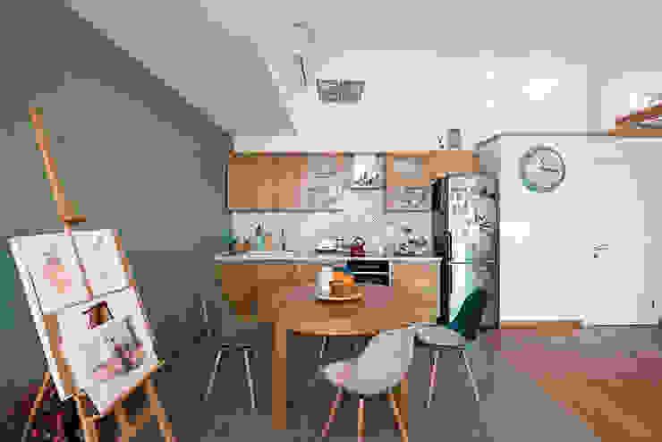 Интерьер студии ул. Дальняя Кухня в стиле лофт от design-bureau 'DEPO' Лофт