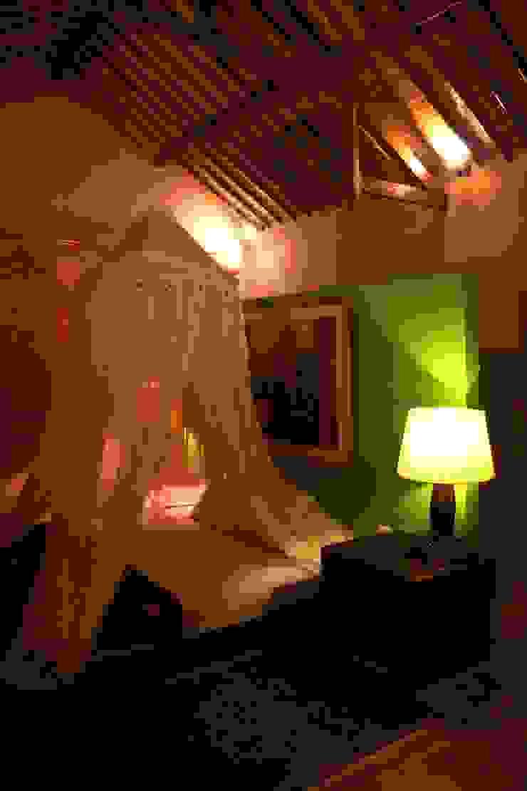 проект реконструкции виллы на о. Бали, 2009 Спальня в азиатском стиле от PK AID Азиатский