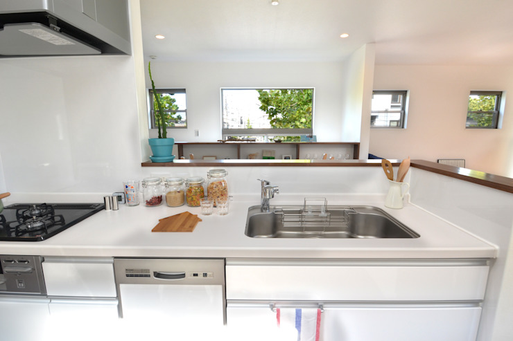 見晴らしの良いキッチン オリジナルデザインの キッチン の 株式会社スタジオ・チッタ Studio Citta オリジナル