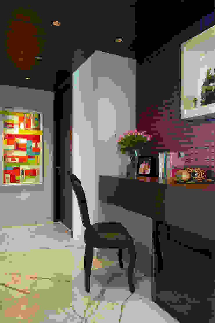 SM Apartment Modern study/office by KdnD Studio LLP Modern
