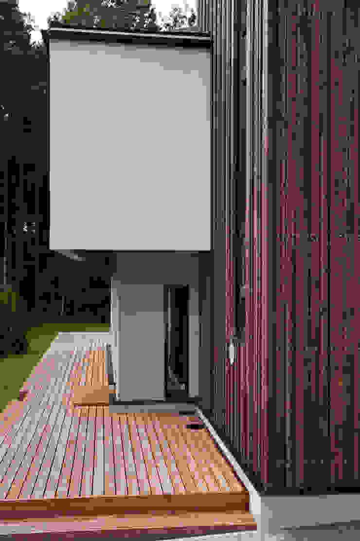 Heut Architects Minimalist houses
